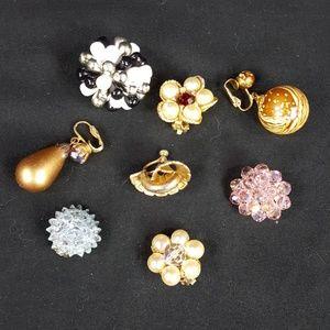 Lot of vintage single earrings